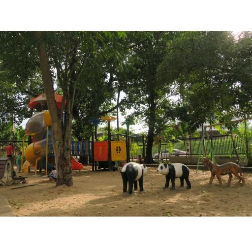 En busca de parques infantiles y zonas verdes – Chiang Mai